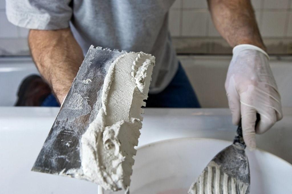 Идеально ровные стены помогут правильно нанести покрытие
