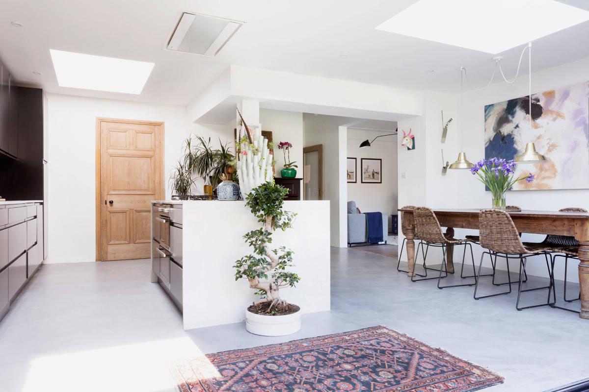 Кухня-столовая, оформленная в скандинавском стиле
