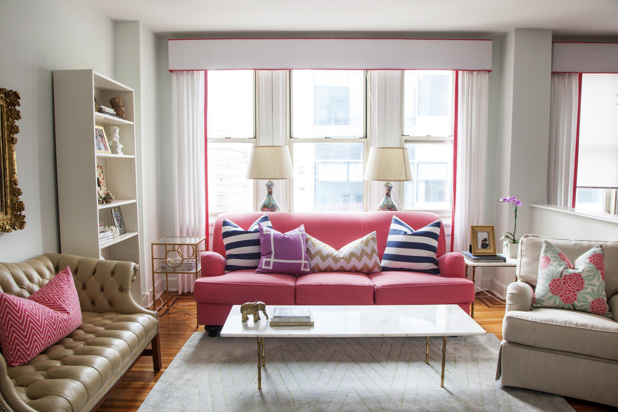 Используя стиль эклектики в дизайне, можно получить эксклюзивный, совершенно уникальный и индивидуальный характер дома, при условии одновременного сочетания не более двух-трех стилистических направлений