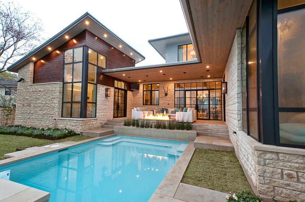 Роскошный коттедж с отделкой фасада декоративным камнем