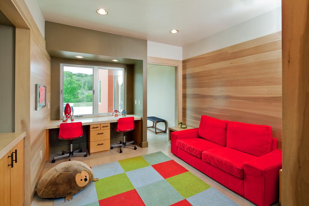 Выкатной диван - удобное место как для ежедневного сна, так и для просмотра телевизора и игр