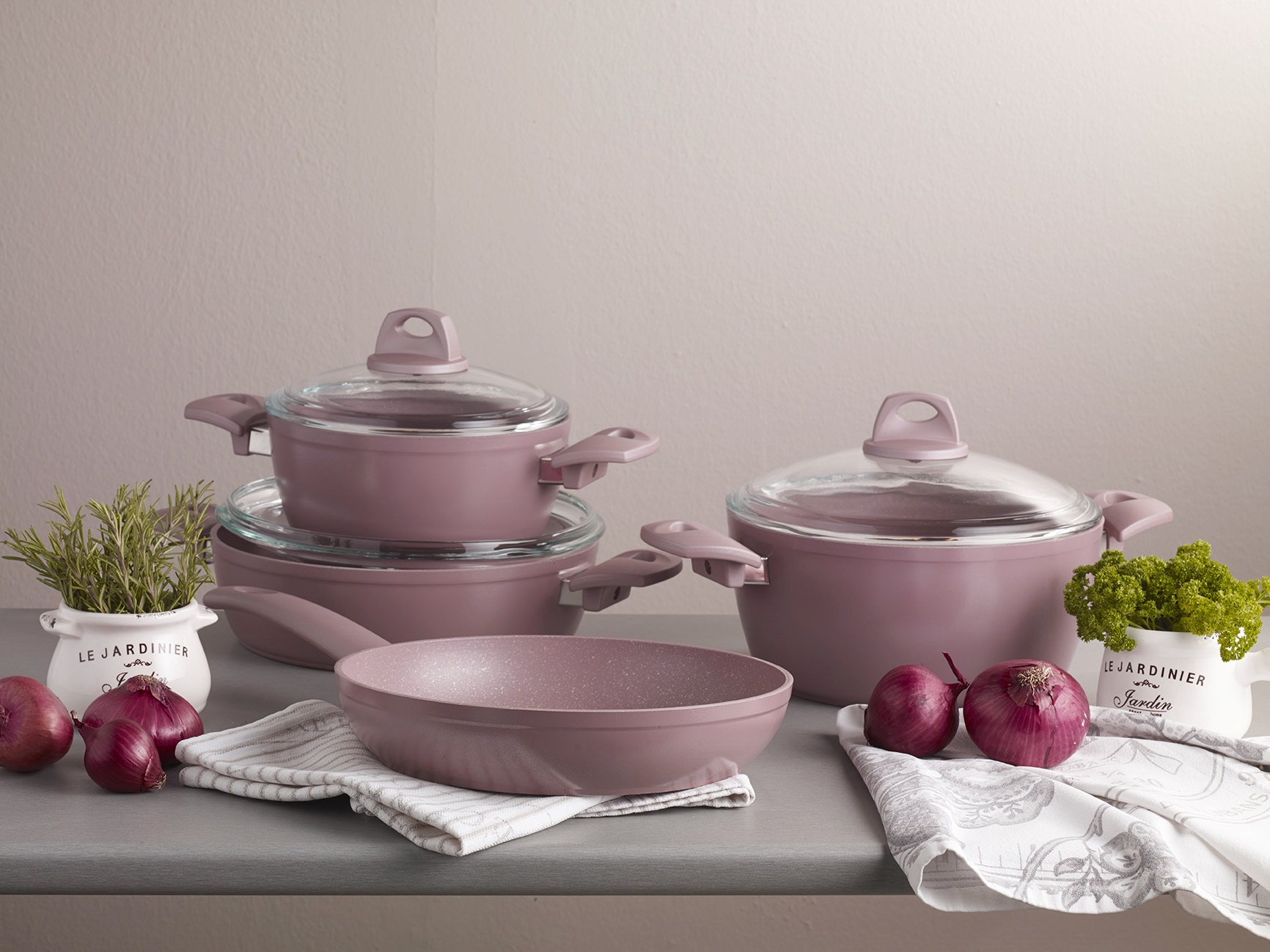 Шикарный набор мраморной посуды Pierre Cardin