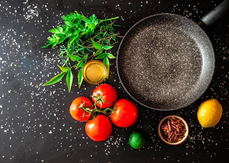 Сковорода с мраморным покрытием - новый лидер на современном рынке, который покоряет сердца потребителей